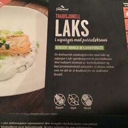 Tradisjonell laks i asparges med purreløksaus