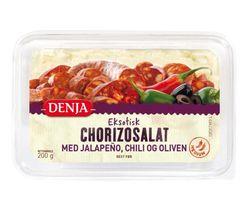 Chorizosalat med jalapeño, chili og oliven