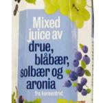 Mixed juice av drue, blåbær, solbær og aronia