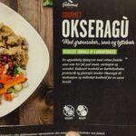 Gourmet Okseragu med grønnsaker, saus og tyttebær